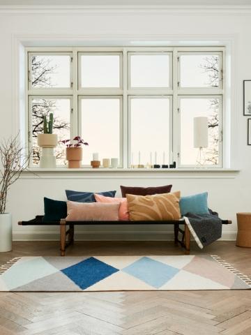 Un tapis à losanges pour un salon