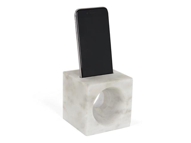 Iris, amplificateur pour smartphone en marbre blanc, 29 €