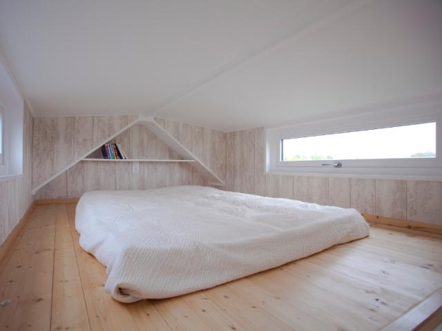 La chambre est généralement sur une mezzanine