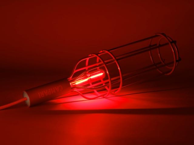 """""""Ceci n'est pas une bouteille"""" n°2, la lampe baladeuse rouge"""