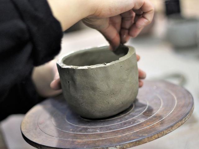 S'initier aux métiers d'art aux côtés des artisans