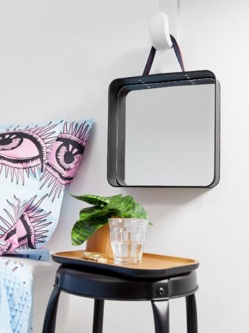 Miroir carré, collection Asos Supply, 27,99 €