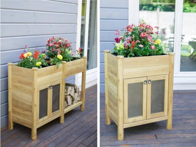 Le meuble de jardinière CYRENE (ici à droite) est assemblé avec le GALLICA est forme un nouveau module (ici à gauche) offrant un rangement pour outillage et jardinière.
