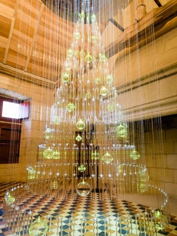 Un sapin de verre féérique à la Forteresse royale de Chinon