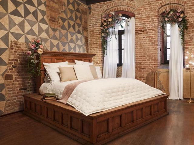 Passez une nuit dans le lit de Juliette avec votre Roméo
