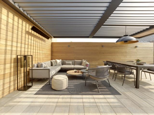 Une pergola bioclimatique pour abriter sa terrasse