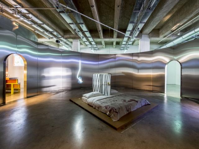 Chambre par Ornaghi & Prestinari pour l'exposition Places to be à la Fondation d'entreprise Martell