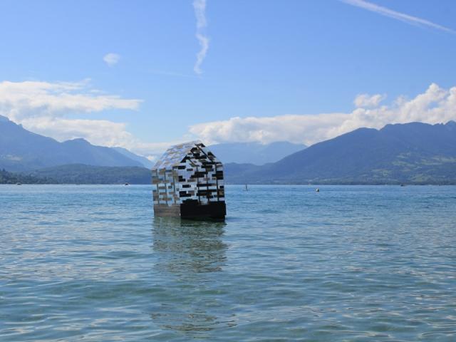 Walden Raft, de Elise Morin et Florent Albinet (France) à redécouvrir dans le cadre de Annecy Paysages 2020