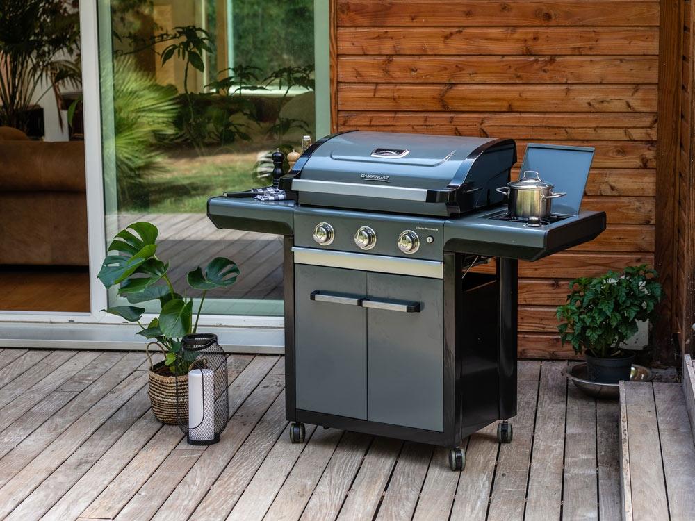 Un barbecue facile à entretenir