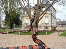 Les jardins des Yvelines s'ouvrent à l'art contemporain