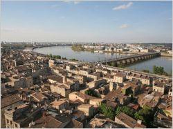 """Bordeaux se rêve """"millionnaire en habitants"""" en 2030"""